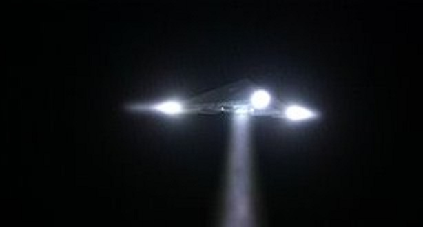 http://worldufophotosandnews.org/wp-content/uploads/2012/01/12-triangle-ufo.jpg