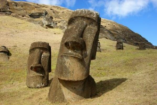 EASTER ISLAND  1111111